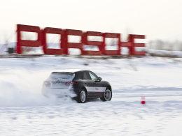 极致驾驭 体验保时捷凌驾风雪试驾活动