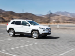 Jeep自由光长期测试(2) 动力性能体验