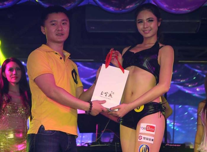 【最新】坚固金业特约yoobox第二届亚洲车模大赛